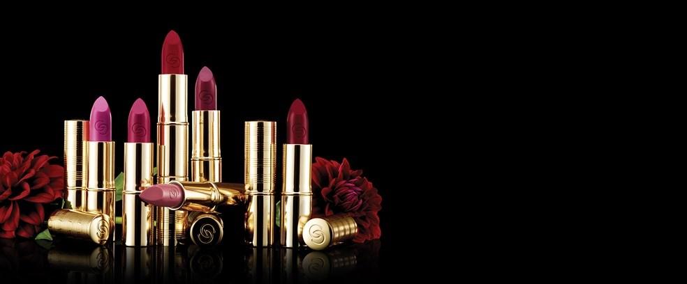 a5-giordani-gold-iconic-lipstick-matte